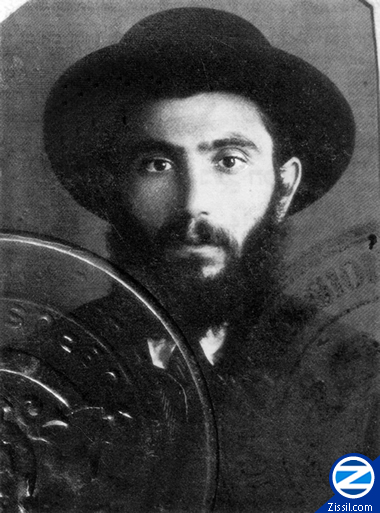 00000501-passport-picture-young-rabbi-yisroel-ber-odesser.jpg