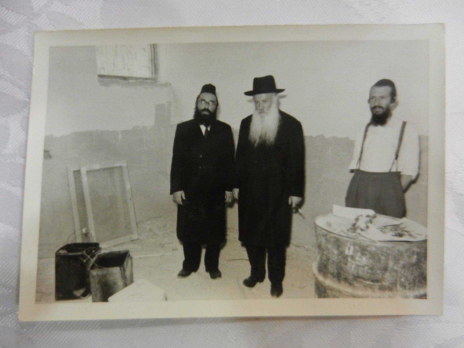 jewish-judaica-photo-rabbi-chassidic-antique-yeshiva-synagogue.jpg